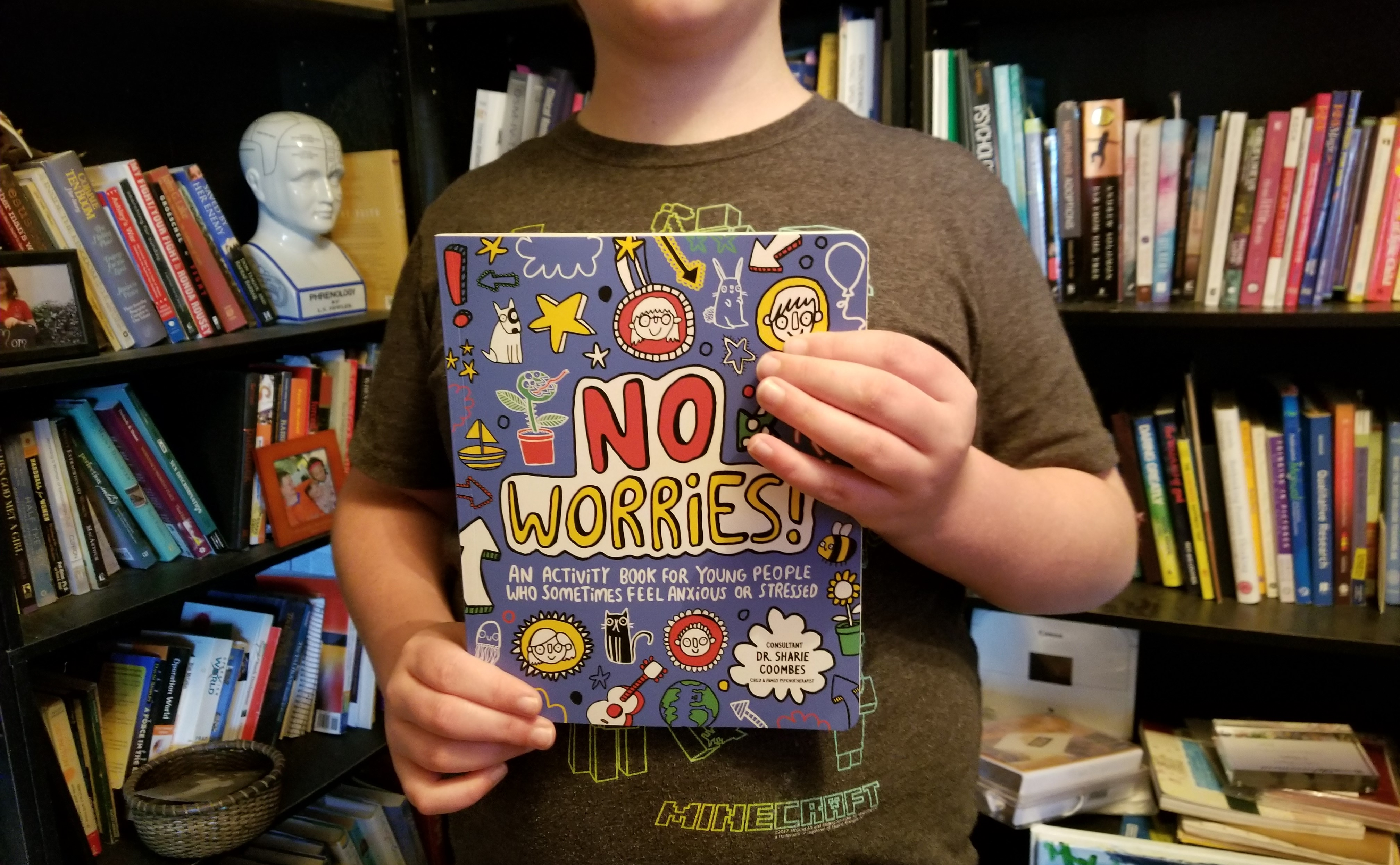 No Worries: An Activity Book for Young People Who Sometimes Feel Anxious or Stressed